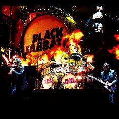#blacksabbath #ozzyosbourne #ozzy #tonyiommi #guitarist #theendtour #metal #livemusic #geezerbutler #bassist #sabbath #rocknroll #classicrock #tommyclufetos #drummer #concertphotography #livemusicphotography