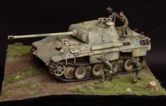 Model Tanks, World War Two, Scale Models, My Works, Military Vehicles, Ww2, Panthers, Girls, Dioramas