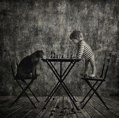 Девојчето и мачето – фотосесија која ќе ви го стопли срцето