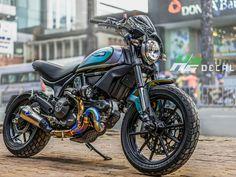 Ducati Scrambler Custom, Ducati Motorcycles, Cafe Racer Motorcycle, Moto Ducati, Ducati Cafe Racer, Cafe Racer Bikes, Motorcross Bike, Motorcycle Camping, Cafe Racing
