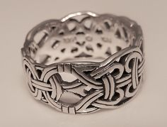 Viking Borre Weave Ring in .925 Sterling Silver - Intricate Scandinavian Norse knotwork Ring
