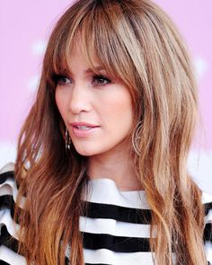 I LOOOOVE this - bangs, but not full on + the color is amazing