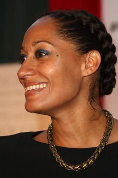 Braided Hairstyles (Tracie Ellis Ross is one of my hair icons) Im loving this & just might have to make this my new look when it gets longer! Natural Hair Inspiration, Natural Hair Tips, Natural Skin, Relaxed Hair, Protective Hairstyles, Braided Hairstyles, Natural Hairstyles, Braided Updo, Protective Styles