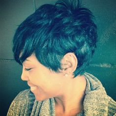 I think I just met my hair goal for fall.. Shaggy Pixie....from Like the River, of course...