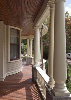 love this porch!  Queen Ann style porch