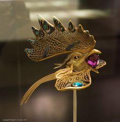 'Cockerel' diadem. Gold, enamel, horn, amethyst. CG, no. 1208. Rene Lalique, 1897-1898.