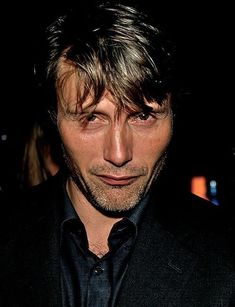Obsessively intrigued with all things Hannibal and Mads Mikkelsen Hannibal Anthony Hopkins, Nbc Hannibal, Hannibal Lecter, Most Beautiful Man, Beautiful People, Gorgeous Men, Pretty People, Hugh Dancy, Gary Oldman
