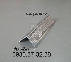 Nẹp ốp góc chữ V bằng hợp kim nhôm. Liên hệ: Mai 0936.37.32.38
