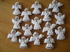 Christmas Sugar Cookies, Christmas Treats, Christmas Baking, Gingerbread Cookies, Christmas Gingerbread House, Cozy Christmas, Christmas Angels, Angel Cookies, Iced Cookies
