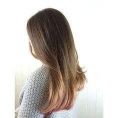 But, if you're scared to take the plunge, here's a good idea — add a touch of rose gold to the tips. Still gorgeous. | 12 Reasons Rose Gold Is The Most Magical Shade To Dye Your Hair