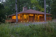 Couples only, romantic getaway destination in Wisconsin perfect for honeymoons, anniversaries and birthdays. Also great for meetings!