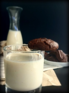 Quinoa and Almond Milk (makes a thicker cream good for dairy cream substitutions) recipe for vita mix