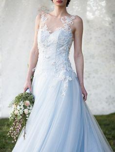Abiti da sposa Blu Maison atelier www.blumaison.it