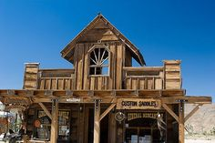 Pioneertown: Old West town originally built as a movie set designed to accommodate actors during filming Old Western Towns, Rustic Shed, Old West Saloon, 1940s Movies, Old West Town, Goat House, Dream Shower, Old Country Stores, Pool Landscaping