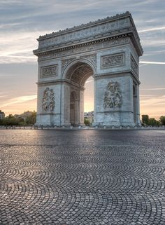 Arc de Triomphe, Paris | France (by Claude Rozier) - ok this has to be photoshopped -- it's never without traffic here and it's usually CRAZy! I've driven it.