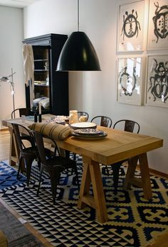 looks like a more eclectic ikea set-up room, but the atmosphere is nice