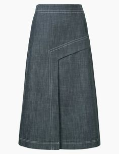 Find amazing denim skirts for women at Farfetch. Explore top jean skirts and designer denim skirts from hundreds of exclusive boutiques. Blouse And Skirt, Dress Skirt, Waist Skirt, A Line Denim Skirt, Denim Skirts, Jeans Rock, Skirt Outfits, Models, Clothes For Women