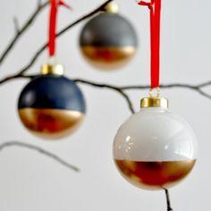 Julekugler med guldspray nederst
