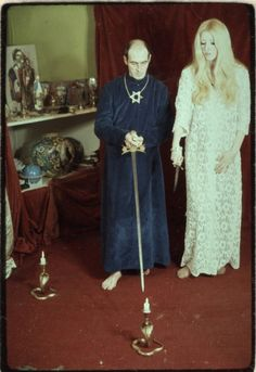 Lessons We Can Learn From Maxine Sanders - Maxine Humor - Maxine Humor meme - - AlexandMaxineSanders The post Lessons We Can Learn From Maxine Sanders appeared first on Gag Dad. Pagan Festivals, Traditional Witchcraft, Occult Art, Vintage Witch, Film Inspiration, Dark Photography, Wiccan, The Magicians, Fashion Beauty