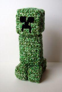 Crochet Creeper! Crochet Crafts, Yarn Crafts, Crochet Toys, Crochet Projects, Knit Crochet, Diy Crafts, Crochet Style, Simple Crafts, Crochet Tutorials