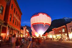 The Telluride Balloon Festival is almost here! A great kickoff to the summer festival season. June 1-3, 2012. Make your reservation at 12 Trails Edge today! (Paige@LuxWest.com)