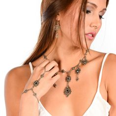 The perfect pieces for layering but equally stunning worn on their own, criscara hand chains are a must-have addition to your hand party. Hand Jewelry, Jewelry Box, Jewelry Bracelets, Vintage Jewelry, Jewelry Making, Jewelry Ideas, Jewlery, Necklaces, Lace Bracelet