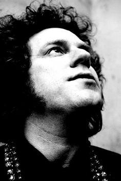 BISETTES KLOKKA 14 I DAG: Musikeren Robert Burås (1975-2007).