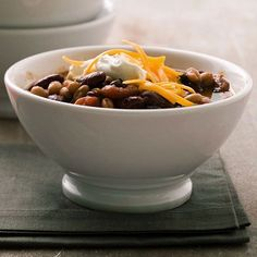 Slow Cooker Vegetarian Chili  - veganize with beer and top with shredded Daiya and cashew cream