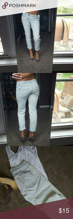 VS bleached wash boyfriend jeans sz 0 Bleached wash boyfriend fit jean from Victoria's Secret. These are size 0 but are stretchy and like all VS clothes run large. Super cute when worn rolled crop w a pair of heels. Bleached color naturally has slight variation noticable on bottom Victoria's Secret Jeans Boyfriend