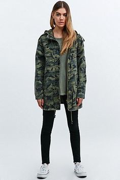 "BDG – Jacke ""Surplus"" in Camouflage"