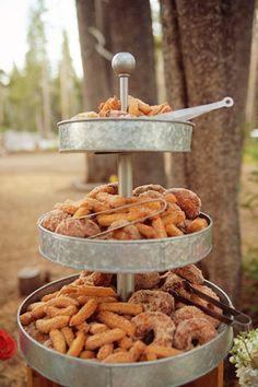 wedding catering on a budget Bouquets Wedding Donuts, Wedding Desserts, Wedding Cakes, Donut Wedding Cake, Wedding Food Bars, Dessert Bars, Dessert Table, Churro Bites, Mexican Party