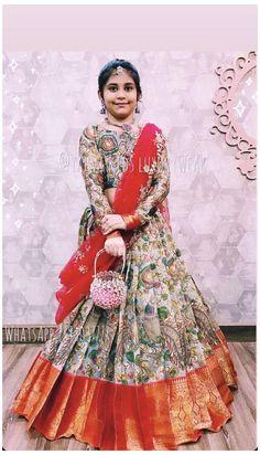 Kids Party Wear Dresses, Kids Dress Wear, Kids Gown, Dresses Kids Girl, Party Gowns For Kids, Kids Outfits, Indian Dresses For Kids, Indian Gowns Dresses, Indian Fashion Dresses