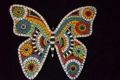Butterfly Mosaic, Mosaic Flower Pots, Mosaic Pots, Mosaic Wall Art, Mosaic Diy, Mosaic Garden, Mosaic Crafts, Mosaic Projects, Tile Art