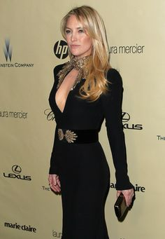 Kate Hudson (love the gown!) My favotite of the GG dresses (MB)