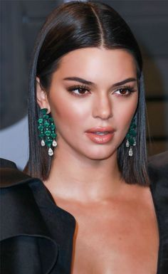 Kendall Jenner Style 561613016036421745 - Kendall Jenner 2018 Vanity Fair Oscar Party Source by grbea Slick Hairstyles, Formal Hairstyles, Down Hairstyles, Straight Wedding Hairstyles, Model Hairstyles, Oscar Hairstyles, Kendall Jenner Make Up, Kendall Jenner Hair Color, Kendal Jenner Hair