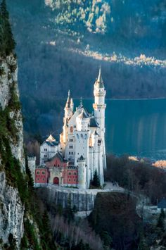"travel-lusting: "" travel-lusting: ""Neuschwanstein Castle, Bavaria, Germany (by Ming SONG) "" "" Beautiful Castles, Beautiful Places, Places Around The World, Around The Worlds, Places To Travel, Places To Visit, Germany Castles, Neuschwanstein Castle, Fairytale Castle"