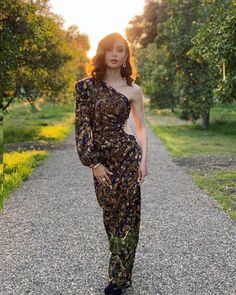 Globos de Oro 2021: Lily Collins entre los mejores looks de la alfombra roja
