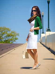 I love me some green and leopard and the white makes it perfect for summer.