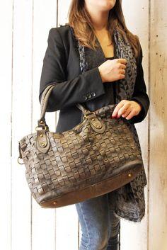 """Handmade woven leather bag """"INTRECCIATO 48"""" di LaSellerieLimited su Etsy"""