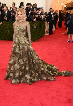 Kate Mara in Valentino @ The Met Gala 2014