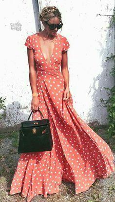 Chic look | Deep cleavage on polka dots maxi dress