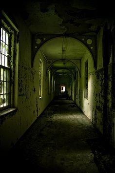 The Green Corridor by elrina753, via Flickr