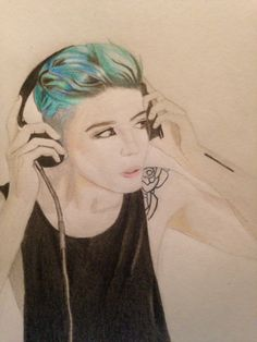 (fan art) My drawing of Ashley Frangipane aka Halsey. Extremely happy with this one, took forever but it was so much fun ❤️ by @maya876876