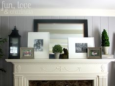 Fireplace mantle decor - could use for entry table decor. Mantle Styling, Colorado, Interiores Design, Home And Living, Living Room Decor, Living Rooms, Family Room, Decoration, Sweet Home
