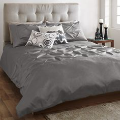 Reed collection - Comforter Set - Bouclair Home Cool Furniture, Modern Furniture, Bouclair Home, Cool Comforters, Home Decor Inspiration, Decor Ideas, Stylish Home Decor, Home Decor Store, Spare Room
