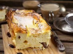 Mazsolás túrófelfújt liszt nélkül: kényeztető süti egyszerűen - Recept | Femina Natural Life, French Toast, Cheesecake, Cupcakes, Sweets, Baking, Breakfast, Easy, Desserts