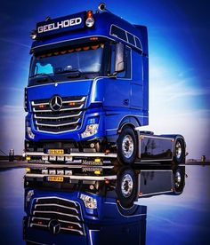 Amazing Truck In The World - Truck is one type of automobile that has a huge body and also style. There are numerous trucking business in the world as an example Volvo Scania AB DAF Trucks MAN Iveco Peterbilt Kenworth and so on Mercedes Benz Commercial, Commercial Vehicle, Big Rig Trucks, Cool Trucks, Mb Truck, Truck Living, Mercedes Benz Trucks, Freight Truck, Heavy Truck