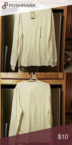 Thermal Levi Strauss shirt. Long sleeve cotton/poly blend thermal shirt.  This shirt is long. Levi Strauss Tops Tees - Long Sleeve