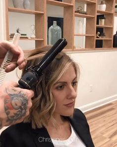 Short Curled Hair, Curled Bob Hairstyle, Curled Hairstyles For Medium Hair, Hair Tutorials For Medium Hair, How To Curl Short Hair, Short Thin Hair, Short Hair With Layers, Bob Hairstyles, Medium Hair Styles