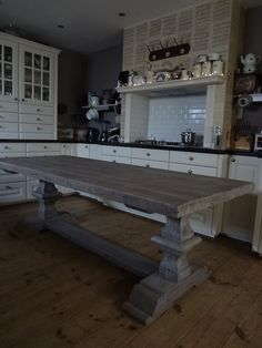 Massieve Kloostertafels Chalk Paint, Entryway Tables, Dining Room, Console, Kitchen, Furniture, Home Decor, Cooking, Decoration Home